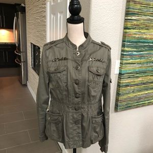 🆕💚 Army inspired jacket with studs size Large